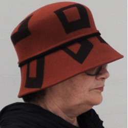Hnědý luxusní dámský klobouk Tonak 87054
