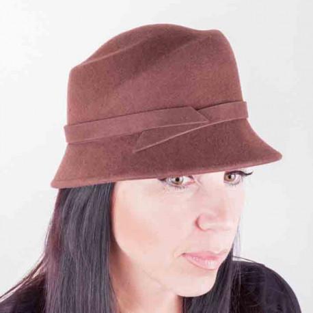 46f90aa5870 Hnědý dámský klobouk Assante 86992