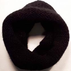 Černý šál Pletex 89537