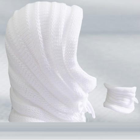 Bílá úpletová čepice zimní Pletex 88208