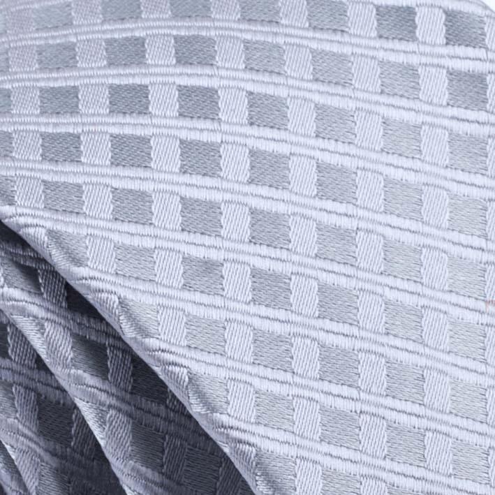 šedá kravata elegantní